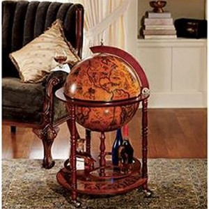Sixteenth-Century Italian Replica Old World Globe Bar2