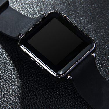 iradish Y6 Smartwatch Phone
