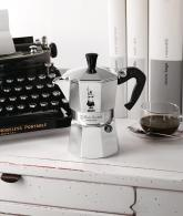 The Original Bialetti Moka Express Made in Italy2