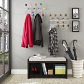 Wall-Mounted Coat Rack in Multicolored3