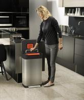 Intelligent Trash Can Compactor